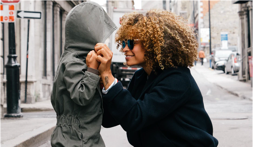 <p>Ahead of Mother's Day, luxury brands are looking to help consumers celebrate their moms with personalized gifts and pampering experiences.</p>